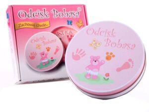 odcisk bobasa emléktárgy készítése-kéz és láblenyomat készítő-rózsaszín