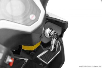 elektromos-robogo-1800w-hecht-equis-white-metal-feher-16